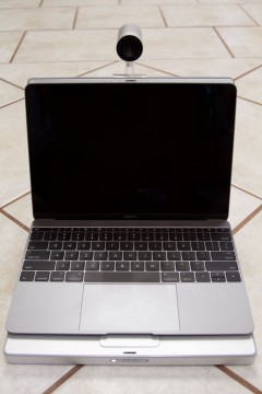 MacBook 12 inch smaller footprint than PowerBook 12 inch